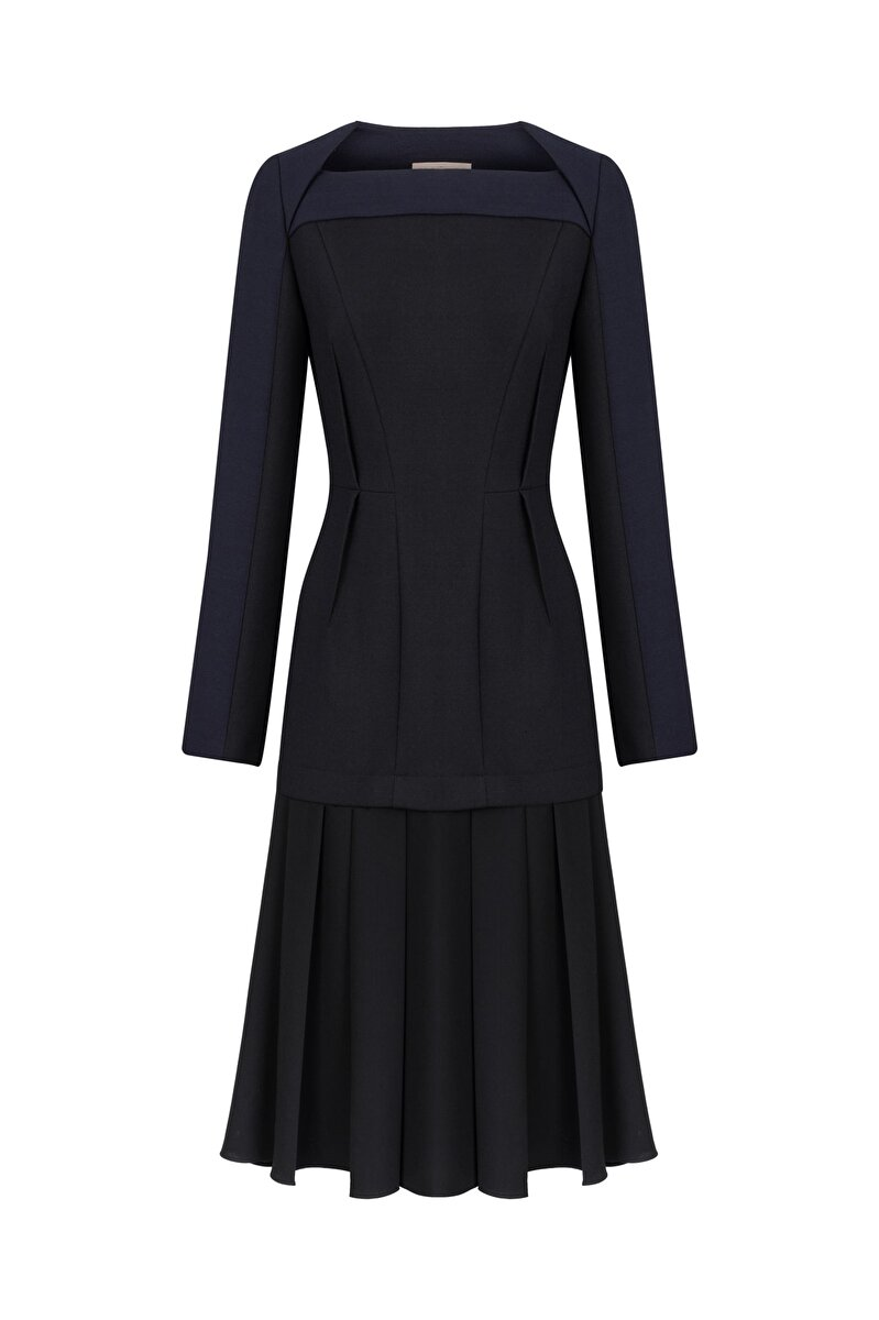 BONDED DRESS WITH CREPE SKIRT AND DART
