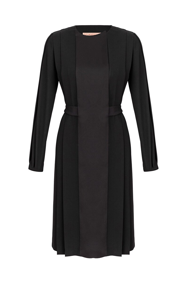 ASYMMETRICAL CLOSED PLEATED CREPE DRESS