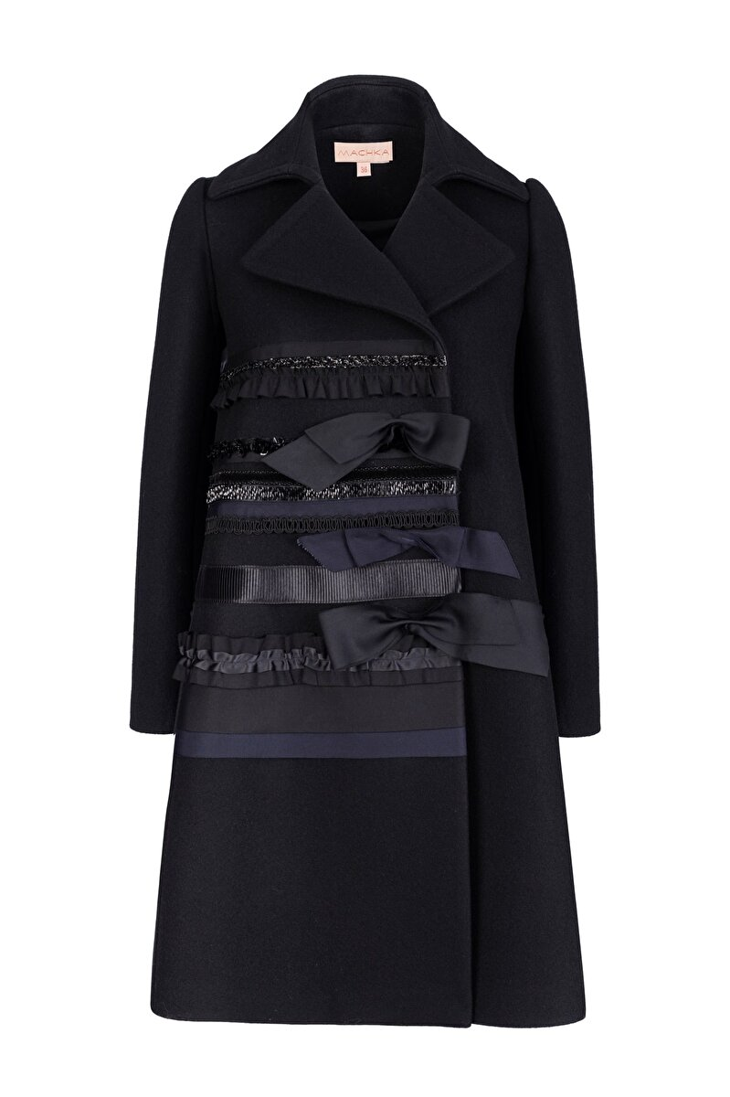 EMBROIDERED CACHET COAT WITH GROSGRAIN FRONT
