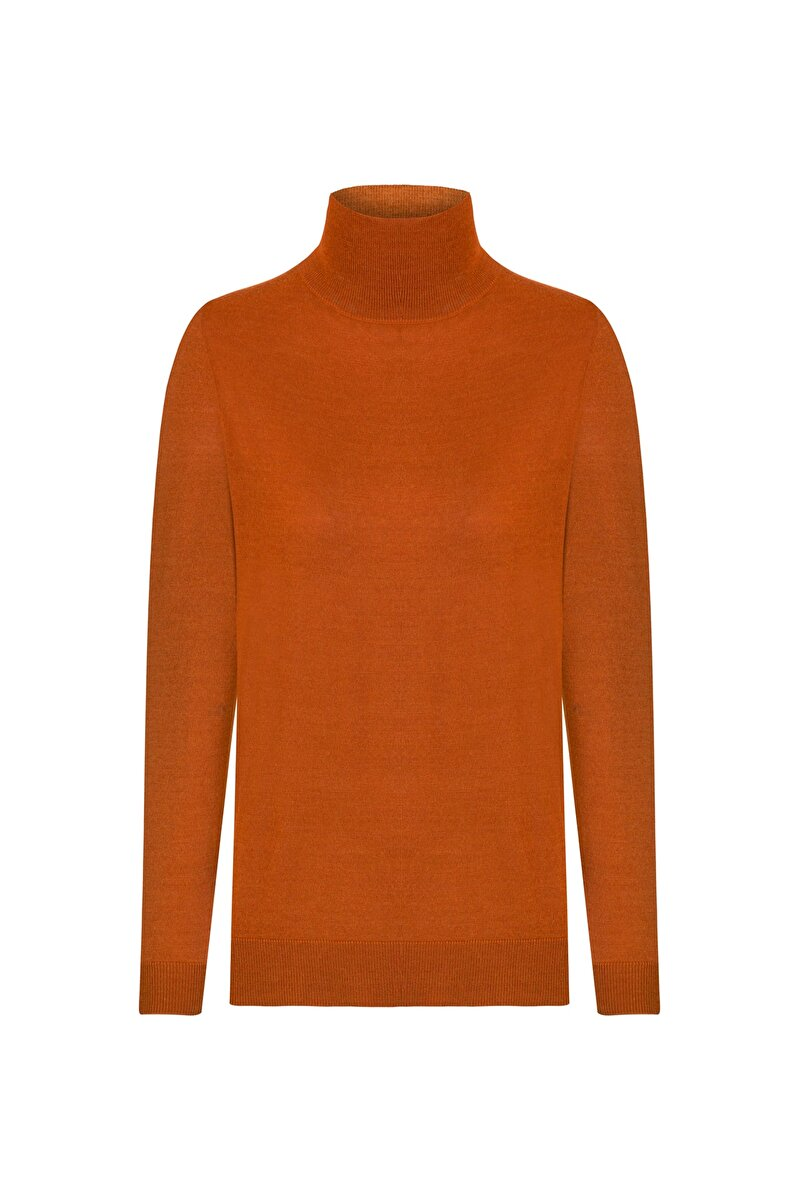 TURTLE NECK MERINO SWEATER